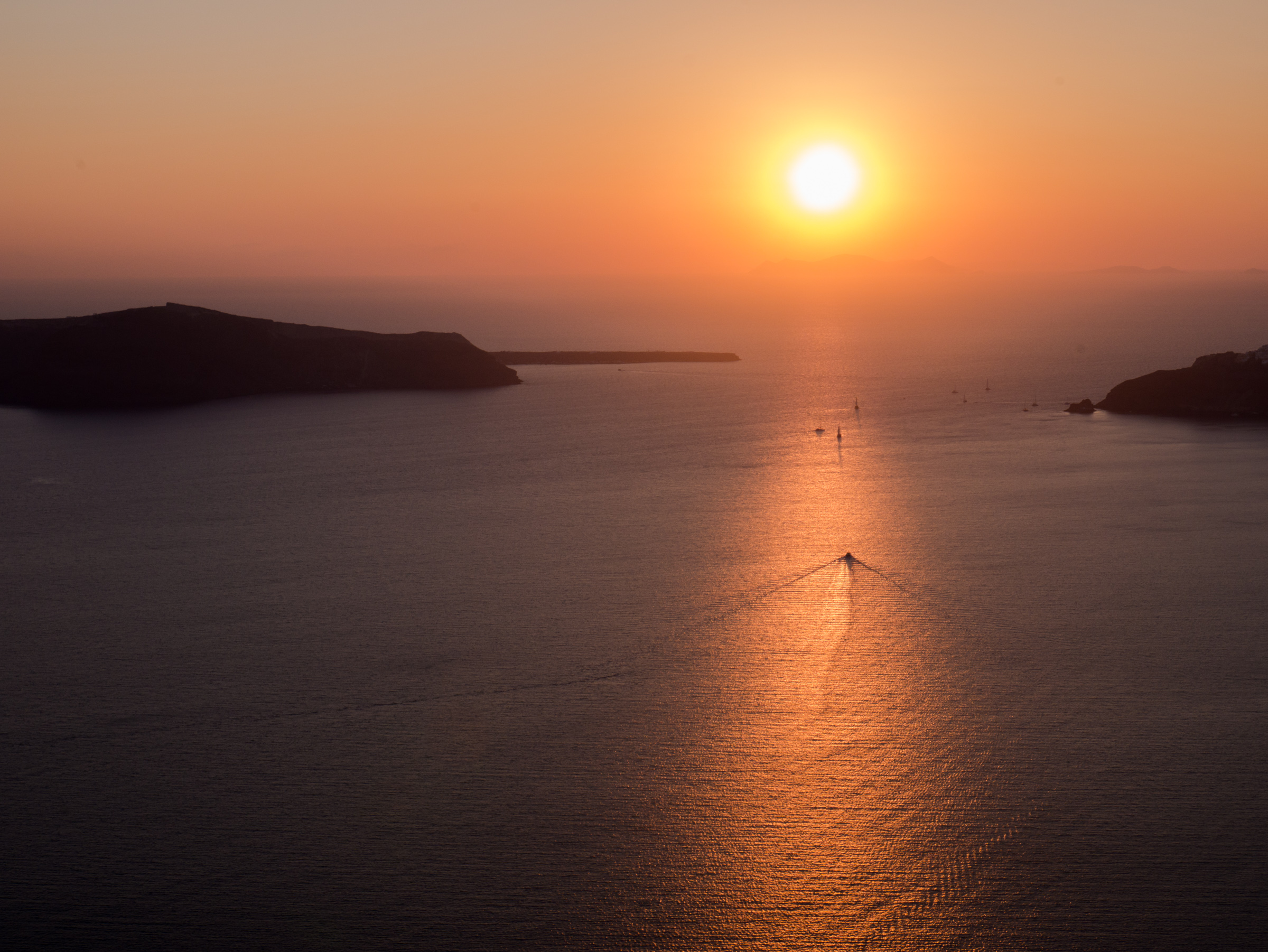 A Blissful Week in Santorini